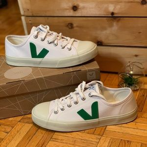 VEJA Canvas Fair Trade White Rubber Sneakers NWT